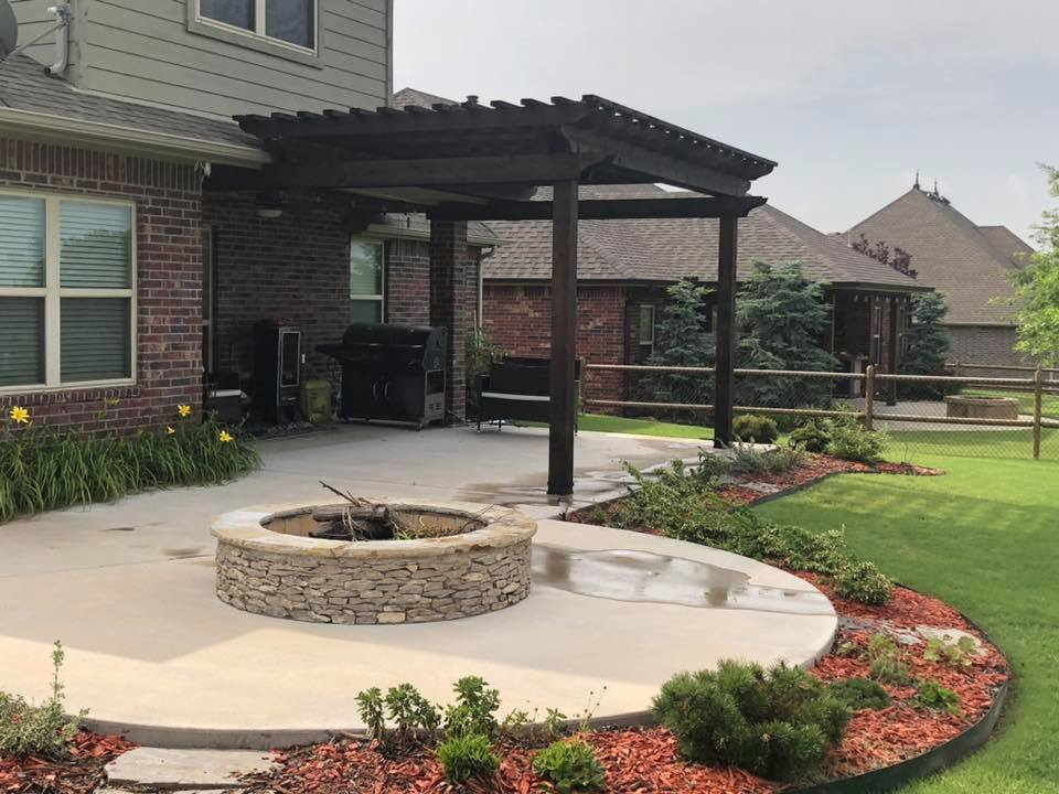 Tulsa Outdoor Building Contractor