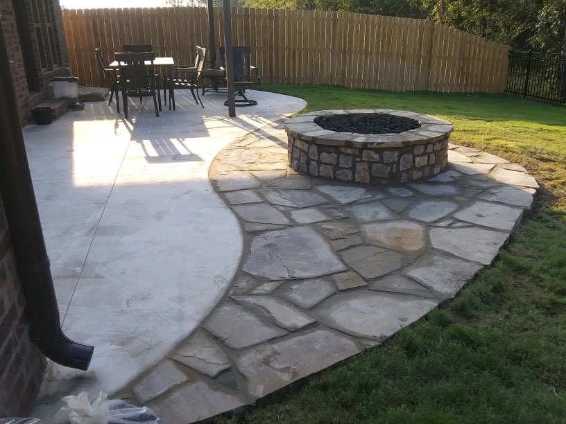 Tulsa Flagstone Patio